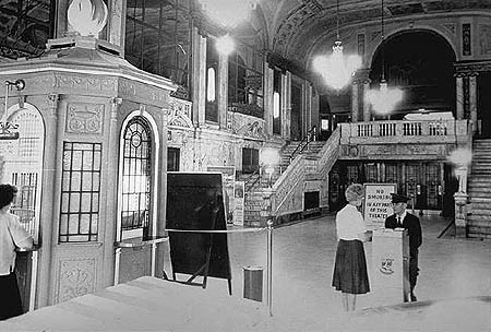 Loew's Palace Theater