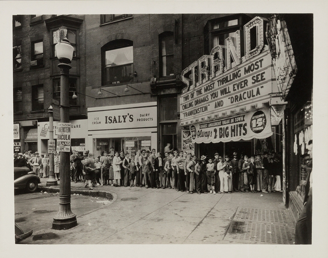 Strand Theater, Youngstown, Ohio - 1938