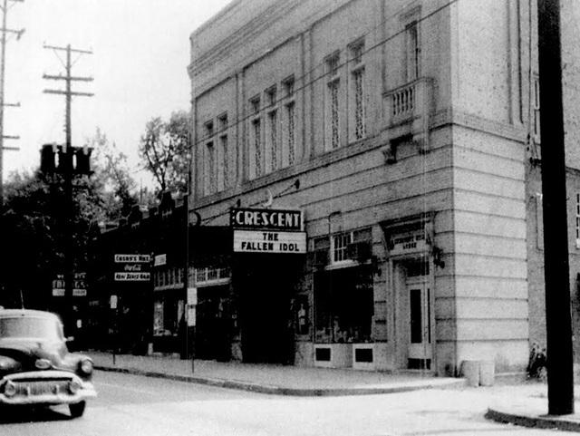 Crescent Art Theatre