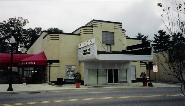 NextAct Cinema at the Pikes