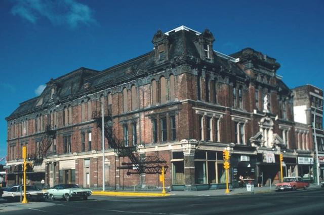 Bucklen Theater