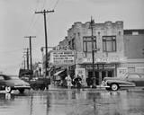 Crisper, wider version of the circa 1943 photo via Raymond Storey.