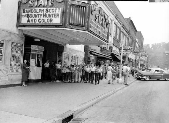 1954 photo via David Kroger.