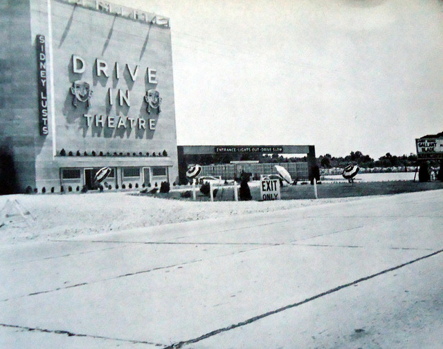 Sidney Lust's Drive-In exterior