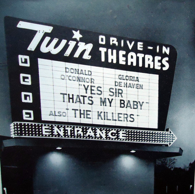 Twin Drive-In exterior