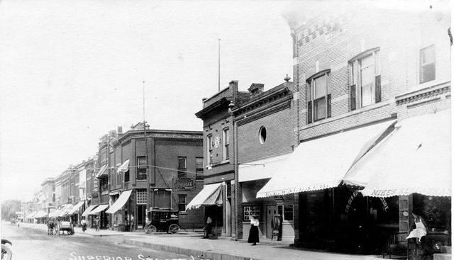 1909 photo courtesy of Jim Weinzatl.