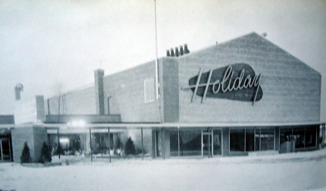 Holiday Theatre exterior