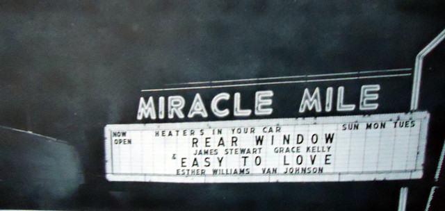 Miracle Mile Drive-In exterior