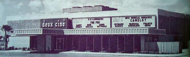 Deux Cine Theatres exterior