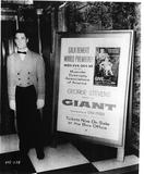 1956 the NY ROXY prepares for the GIANT premiere