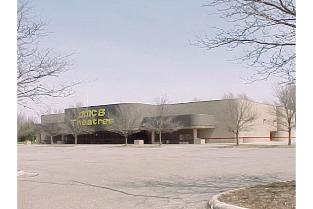 Elmwood Plaza 8