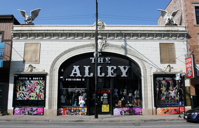 Claremont Theatre (The Alley), Chicago, IL