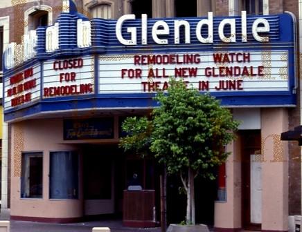 Mann's Glendale Theatre exterior