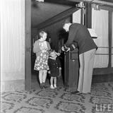 LIFE Magazine essay on the KENOSHA Theatre, 1938 (B. Hoffman photo)