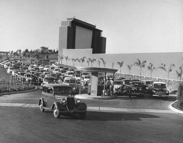 Rancho Drive-In