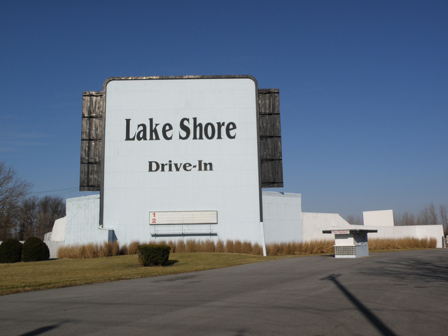 Lake Shore Drive-In