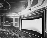 <p>Tivoli's auditorium with its Todd-AO screen curved in a 120º arc.</p>