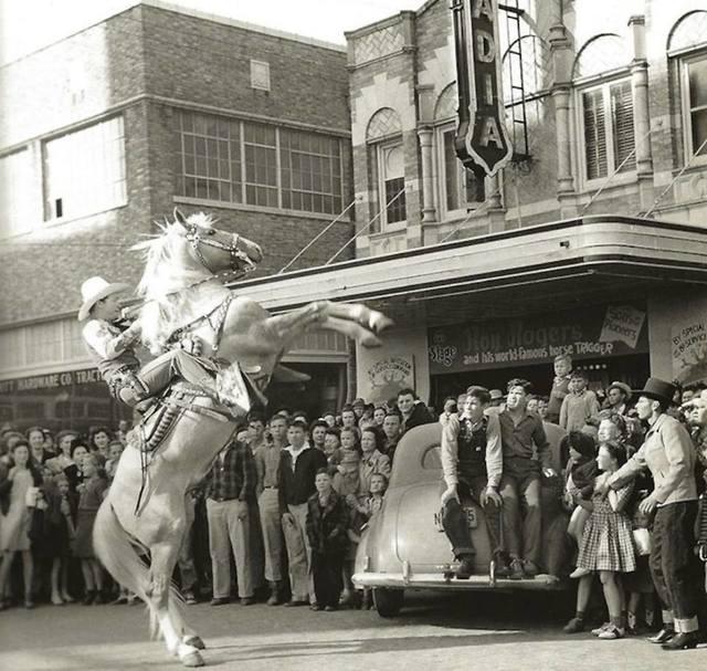 Arcadia Theatre 1943