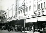 Piccadilly exterior in 1943 or '44