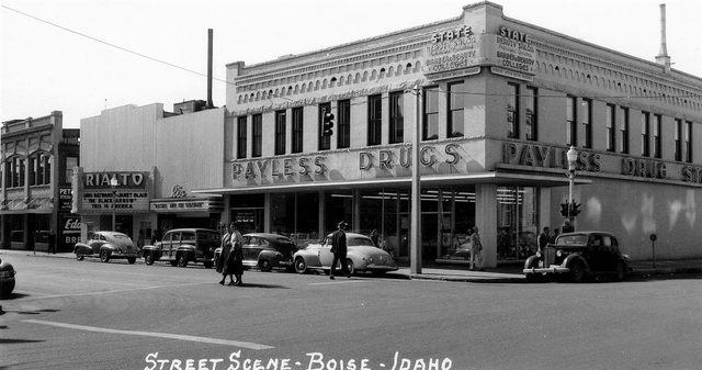 Rio Theatre to the right of the Rialto, 1948.