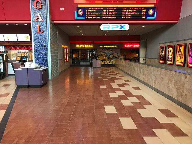 Regal Deer Park Stadium 16 & IMAX