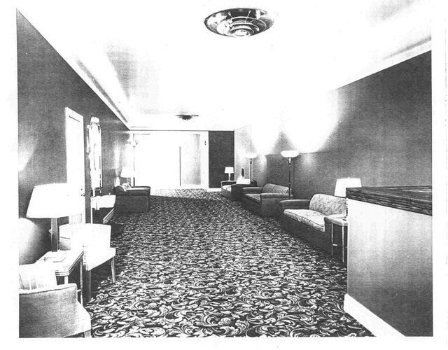 Upstairs lobby (between Broughton Lane and State Street)