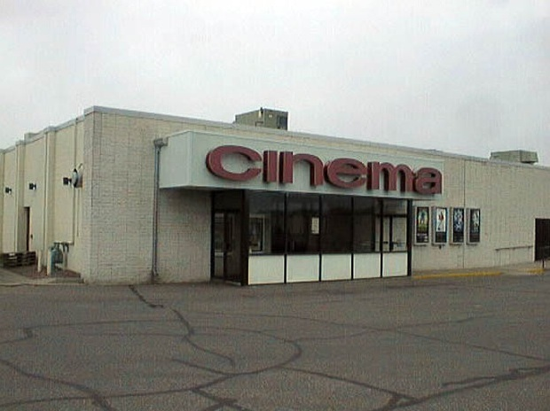 Crossroads Cinema 4