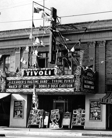 Fox Tivoli Theatre exterior