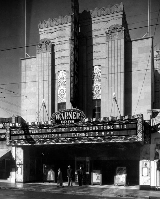 Warner San Pedro Theatre exterior