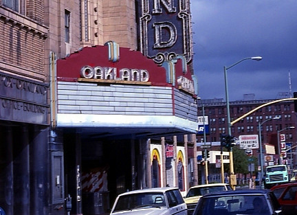 Fox Oakland Theatre exterior