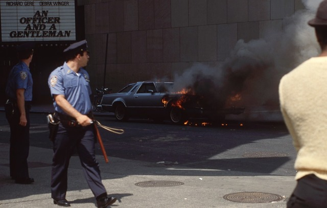 Loew's Astor Plaza, August 1982 photo credit Barrett Benton.