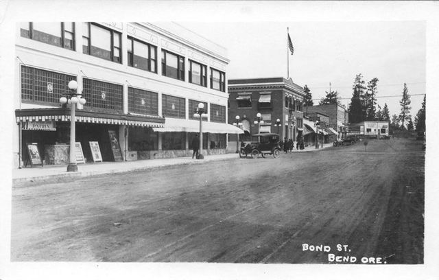 1917 photo courtesy Vintage Bend Facebook page.