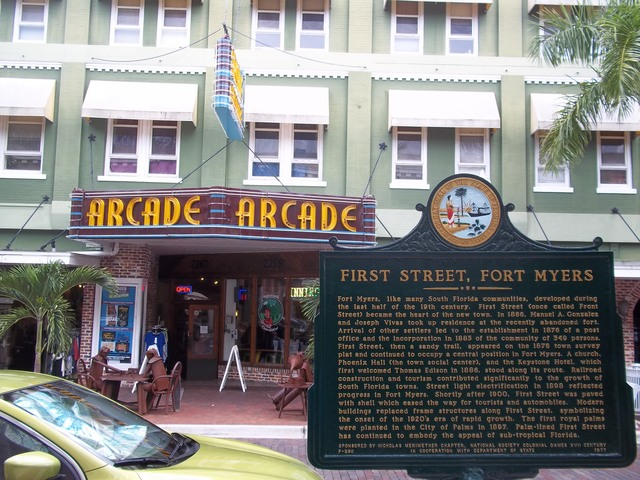 Arcade Theatre, Fort Myers with First Street historical marker