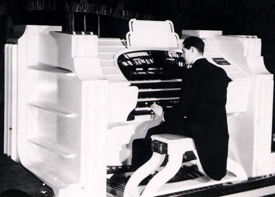 Howard Jennings at the Conacher 4c-8(9) organ Plaza Coventry