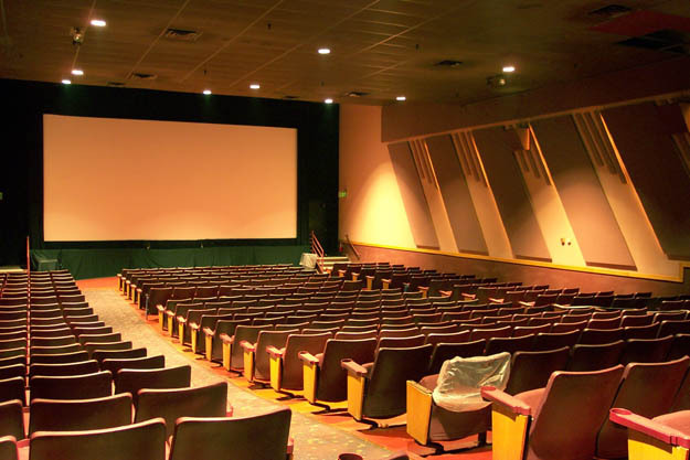 Movie Showtimes and Movie Tickets for Regal Gainesville Cinema Stadium 14 located at SW 35 Blvd, Gainesville, FL.