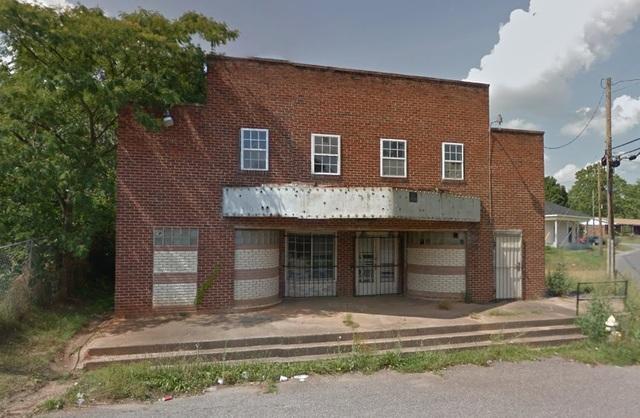 Washington Theatre in Shelby