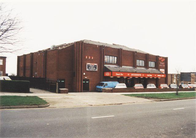 Clifton Twin Cinema