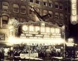 "[""3 Stooges performed in 1932""]"