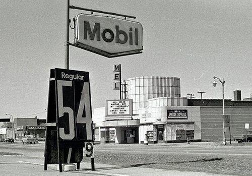 1975 photo via Magnus Greel.