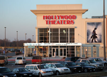Regal Hollywood Stadium 10