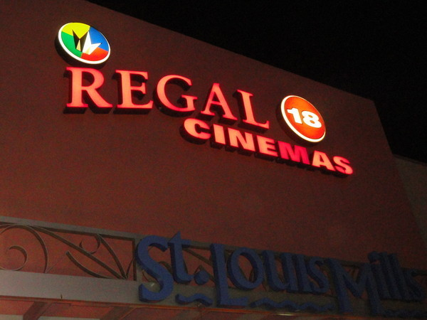 Regal St Louis Stadium 18 & IMAX