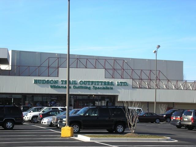 Loew's Fairfax Circle