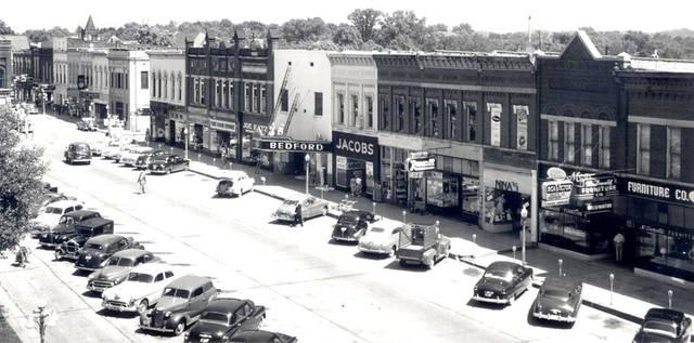 Early `50s photo courtesy David Melson.