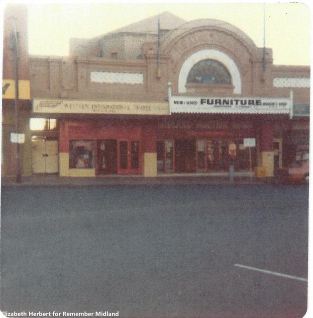 Renown Theatre  Old Great Northern Highway, Midland, WA - INTERIOR