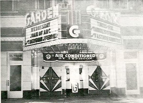 1949 photo.
