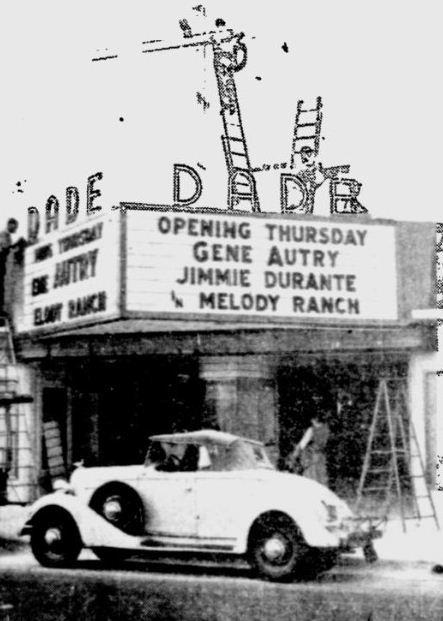 1940 newspaper photo