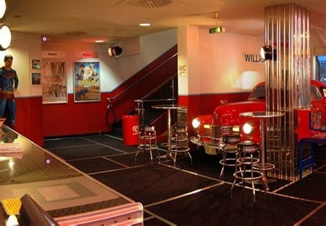 Cadillac & Veranda Kino München