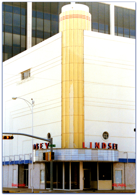 Lindsey Theater© Lubbock TX  Don Lewis / Billy Smith