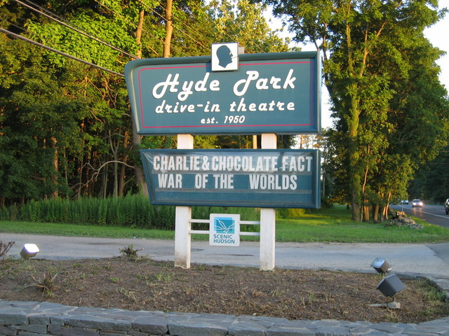 Hyde Park Drive-In - taken in July 2005