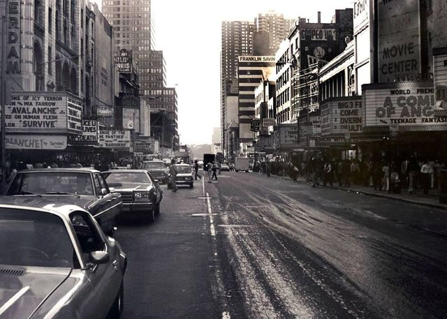 1977 photo credit F. Natalici.